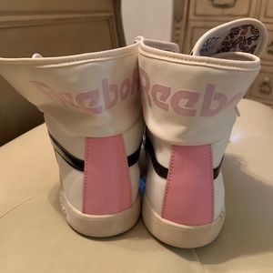 Reebok Shoes - Reebok High Top